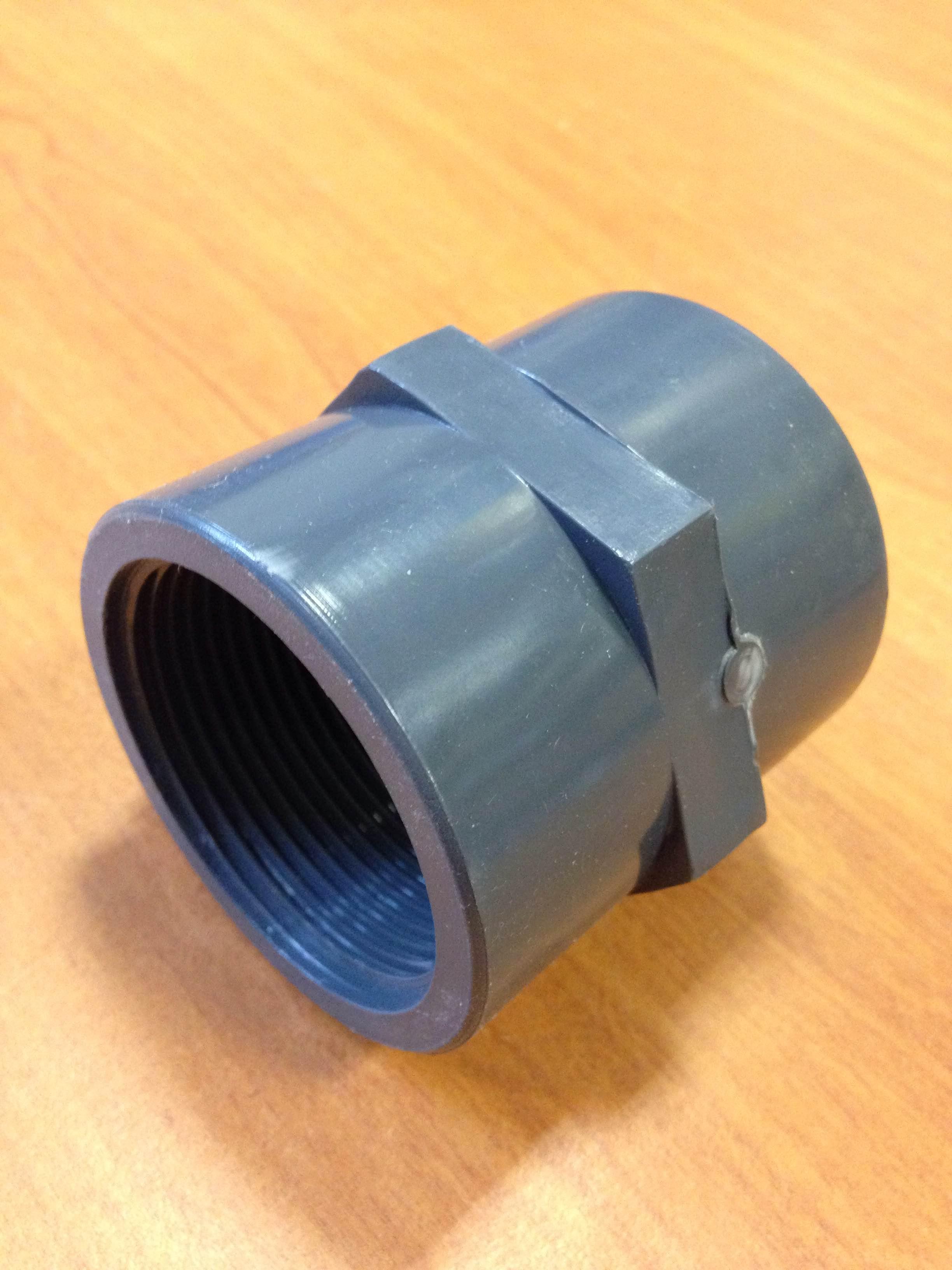 Manchon pvc taraude diametre 63 mm 2 mat riel de for Berchoux piscine